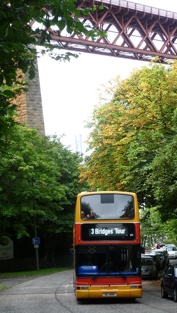 Lothian 651 at Hawes Brae, Queensferry.