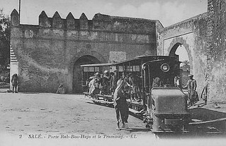 Porte-Bab-Bouhaja-et-le-Tramway   by franckcombe