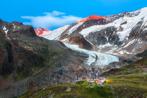 austria tirol tyrol bluehour mountains glacier