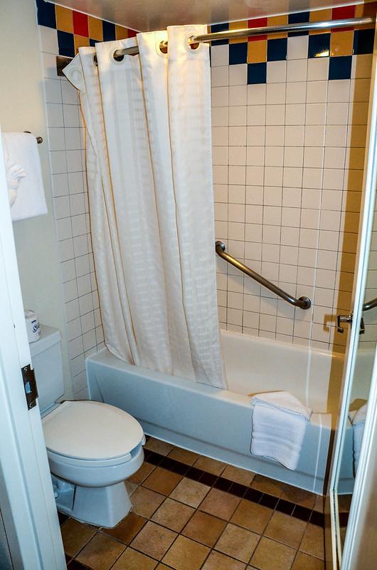 Coronado Springs bathroom