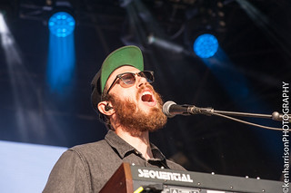 James Vincent McMorrow and band play Festival Number 6, Portmeirion, Wales, UK. 9th September, 2017. | by Gig Junkies
