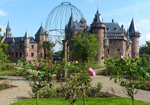 1360185 panasonicdmcfz150 dehaar kasteel castle haarzuilens utrecht nederland netherlands holland rozentuin rosegarden platinumheartaward