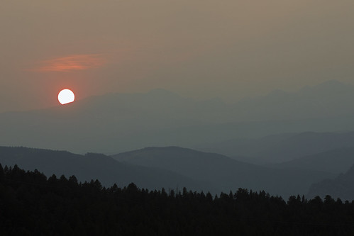 smoke indianpeakswilderness sunset continentaldivide colorado forestfire forest mountains
