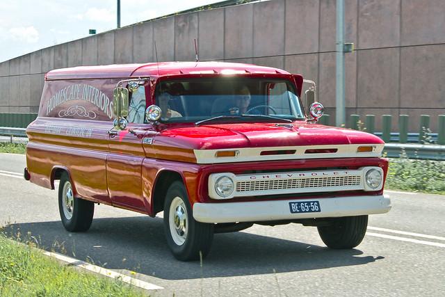 Chevrolet 30 Panel Van 1965 (2208)