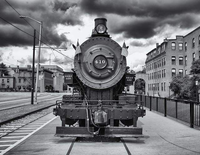 Steam train 410