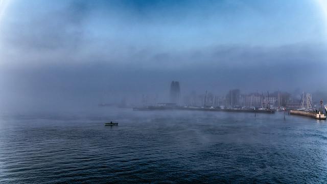 Escaping the fog - Flucht vor dem Nebel