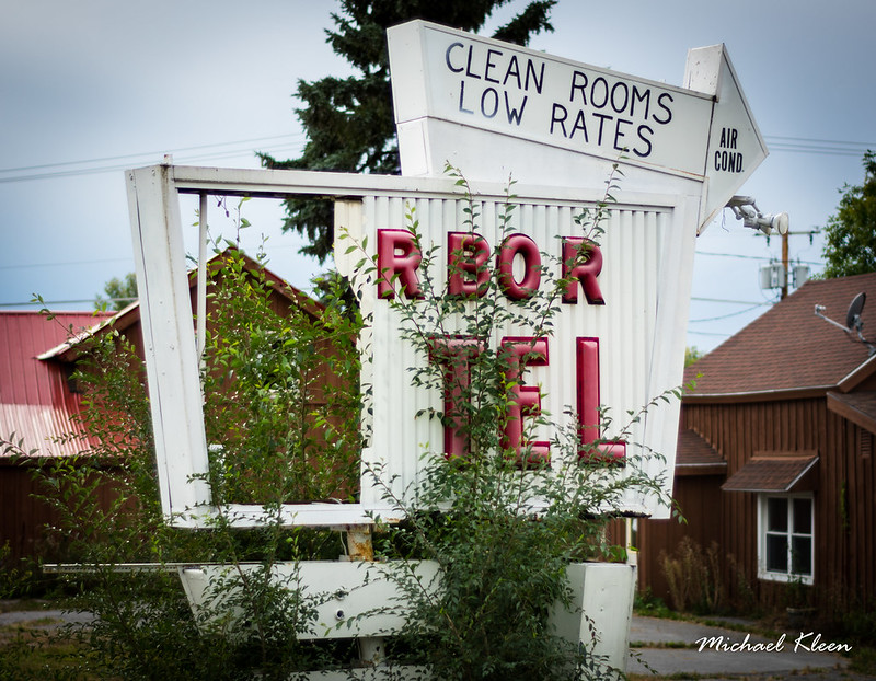 Harbor Motel