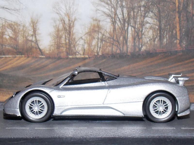 Pagani Zonda C12S – 2001