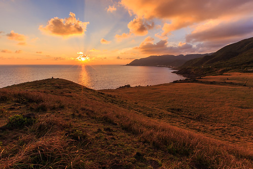 蘭嶼鄉 台灣 台東縣 青青草原 夕陽 sunset 6d ef1635mm 星芒 雲隙光