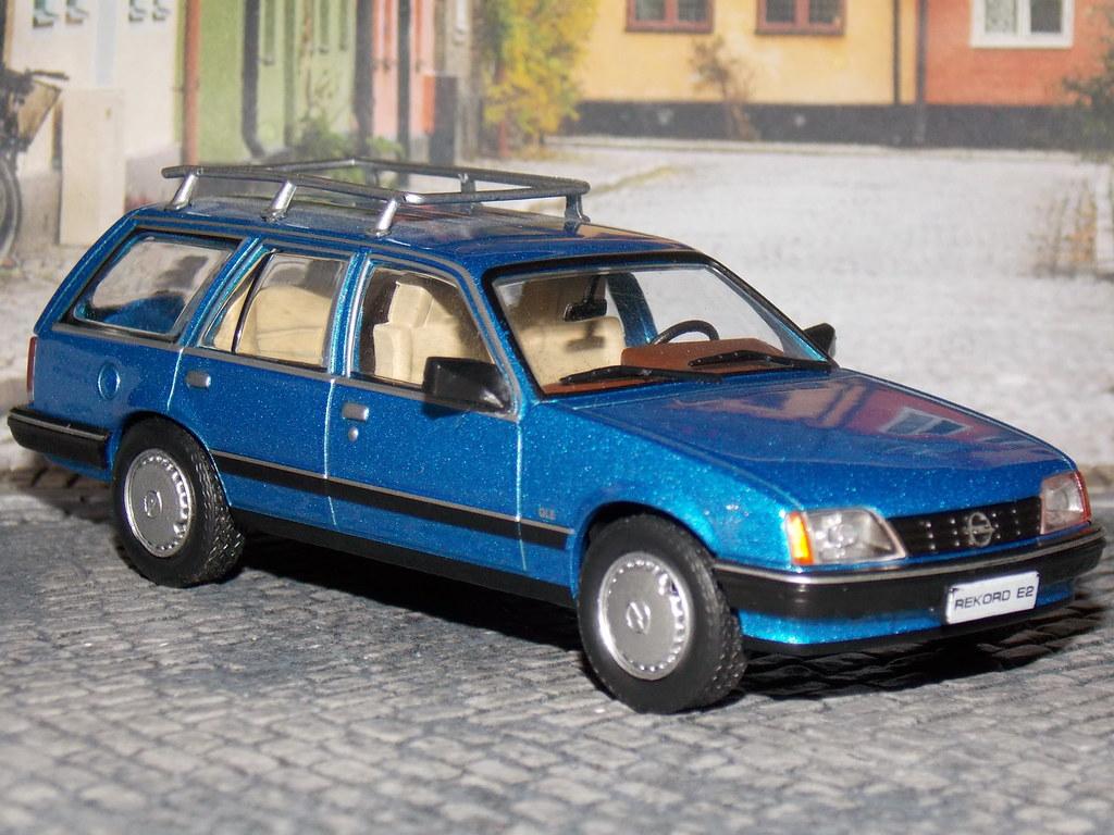 Opel Rekord E2 Caravan - 1982