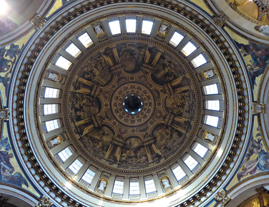 Dome, St Paul's Cathedral, London | Interior of the great ...