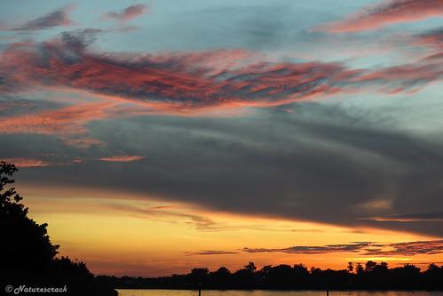 peñoncito magdalena colombia sunset atardecer landscape paisaje river río nikon nikkor sky skyline water dusk red yellow orange rojo naranja amarillo