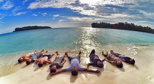 pulaudolphin pulauharapan kepulauanseribu pulauseribu jakarta bahari opentrip wisatabahari wisata hoppingisland snorkeling underwater sunset sunrise watersport