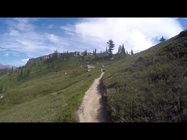 4329 GoPro video panorama from high on the Lyman Lakes Trail looking north