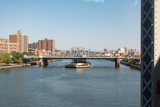 Madison Ave Bridge, Harlem River   by molybdena