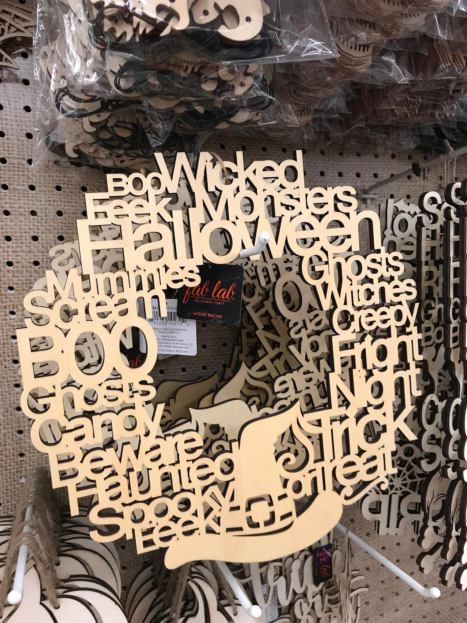 Halloween word wreath