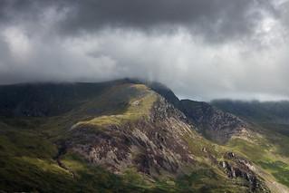 Still clouds strafing the summits | by johnkaysleftleg