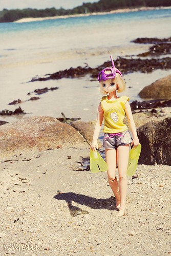 Walking on the beach | by Melu Dolls