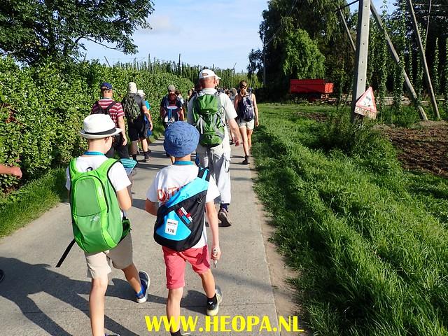 2017-08-24                     Poperinge            3e dag  35 Km     (23)