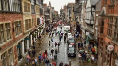 tiltshift mini miniature slider hss postprocessing ps rain wet damp hdr fauxhdr