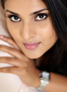 Indian Actress Ramya Hot Sexy Images Set-1 (64) | by Serving Artists Seems Divine...!