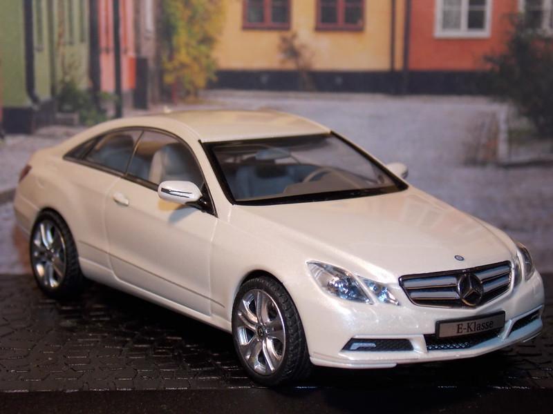Mercedes Benz E-Class Coupe - 2009