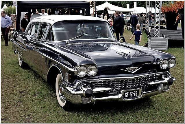 1958 Cadillac Fleetwood Series 75