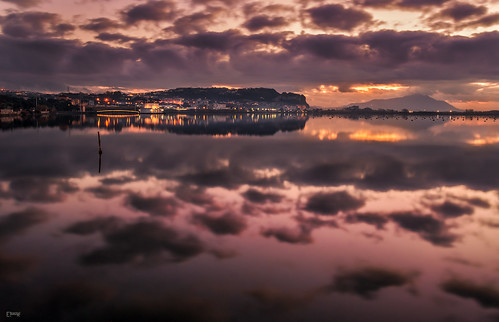 fusaro napoli nikon d3100 purple viola tramonto sunset lago lake bacoli campania welcomeincampania clouds cielo sky nuvole water acqua reflection riflessi