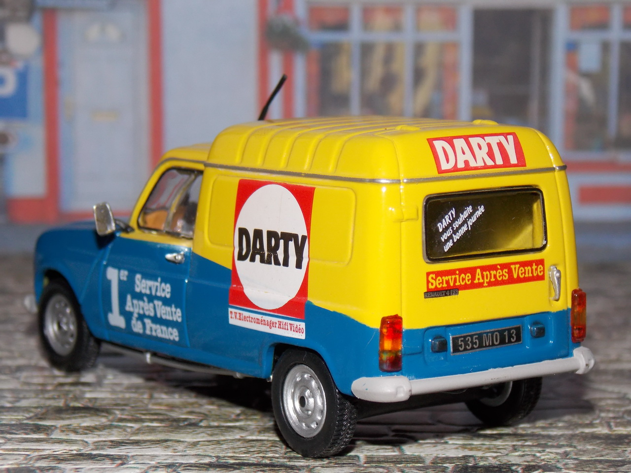 Renault 4 F6 – 1986 – Darty