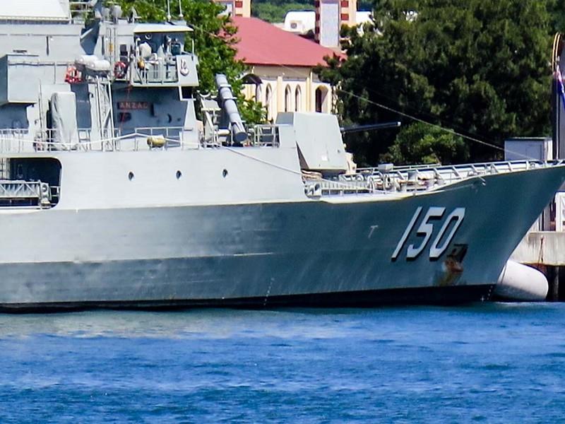 HMAS Anzac (FFH 150) 3