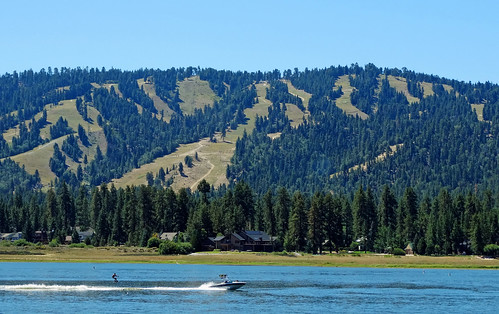 Two Ways to Ski, Big Bear Lake, CA 8-17