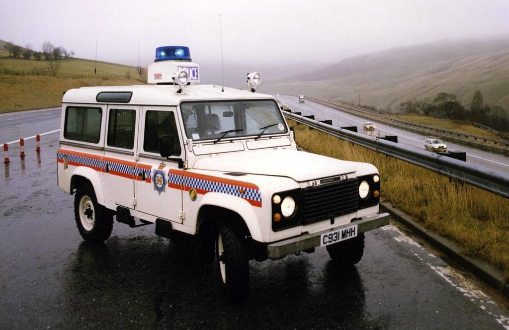 Land Rover Defender 110 – Police – 1998