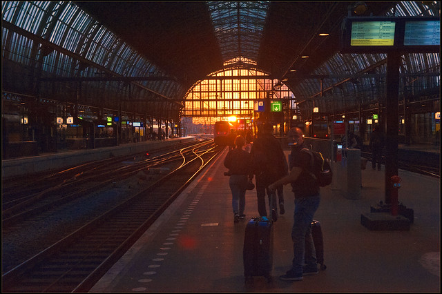 Lets go see a sunset in Amsterdam. Being there again, Amsterdam Central. No. 3228.