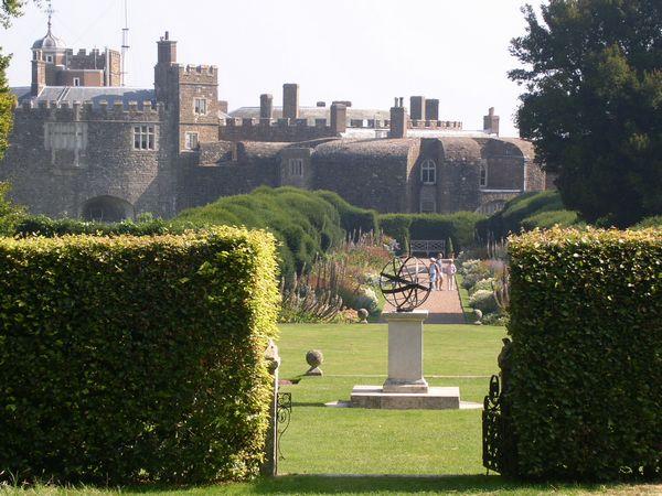 pc walmer castle gardens