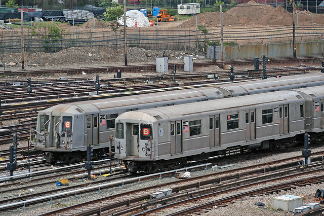 NYC Subway - R-40M 4489 (with R-40 4173), Coney Island Yard