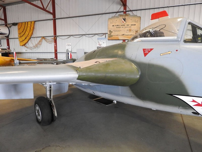 De Havilland Vampire FB.6 5