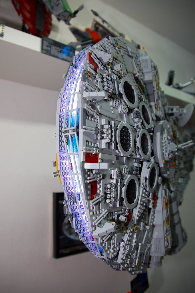 Wall mounted UCS Millennium Falcon with engine lights (751… | Flickr