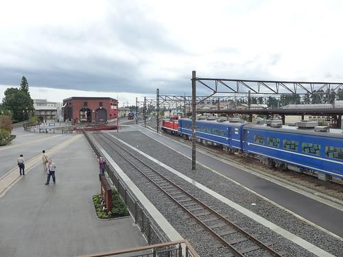 補機(DL)と客車