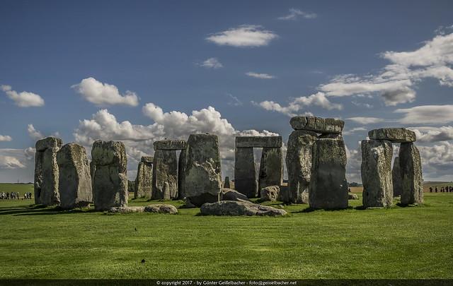 So many old stones