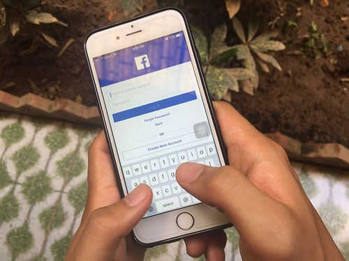 Using Facebook | by leakhenakhat
