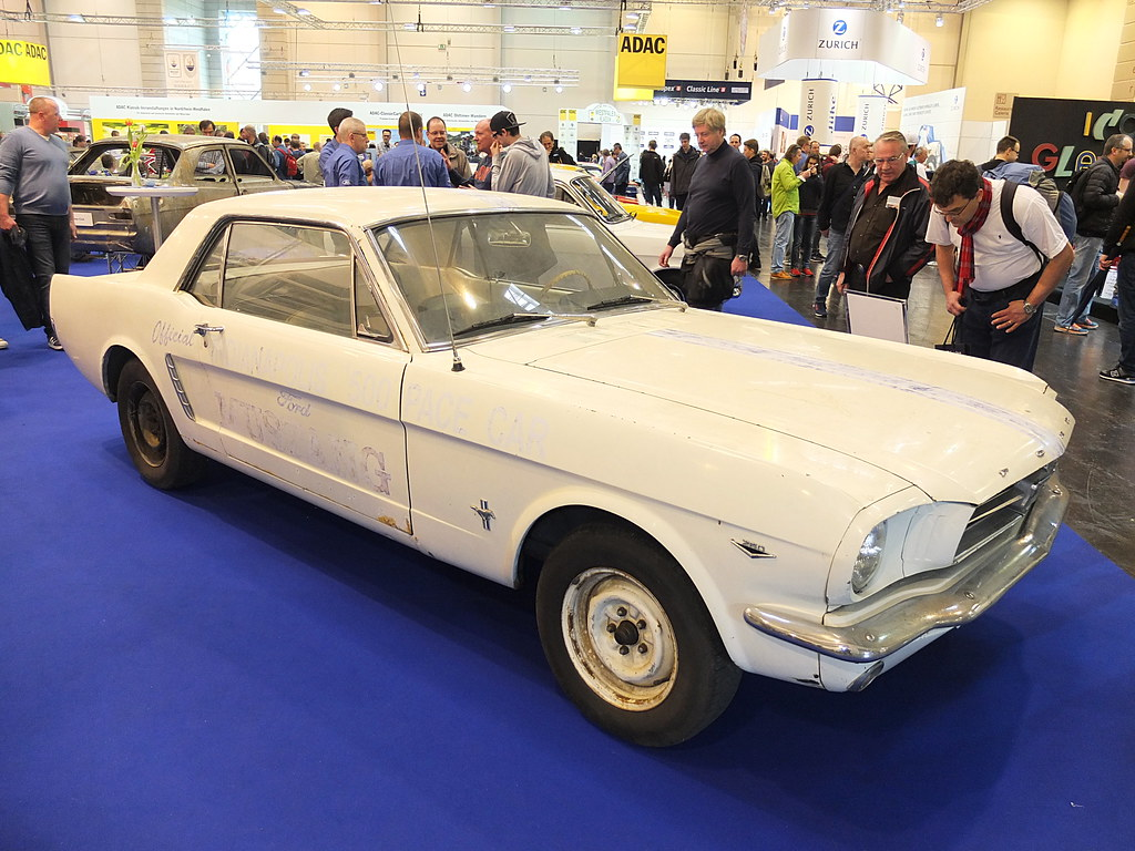 Ford Mustang Coupé 'Indy 500 Pace Car' 1964 | Techno Classic