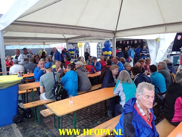 2017-08-10    1e dag   Berg & Terblijt   42 Km   (110)