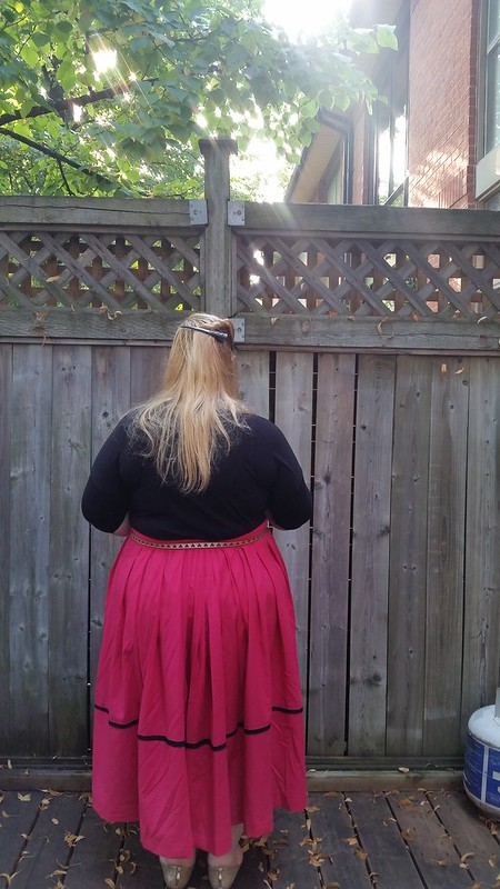 Decades Everyday Chore Skirt