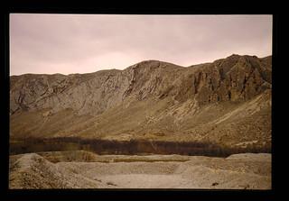 Receiving Reservoir Of Muddy Water = 汚水の貯留地