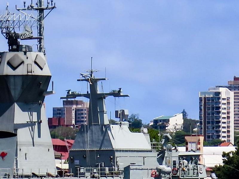 HMAS Anzac (FFH 150) 6