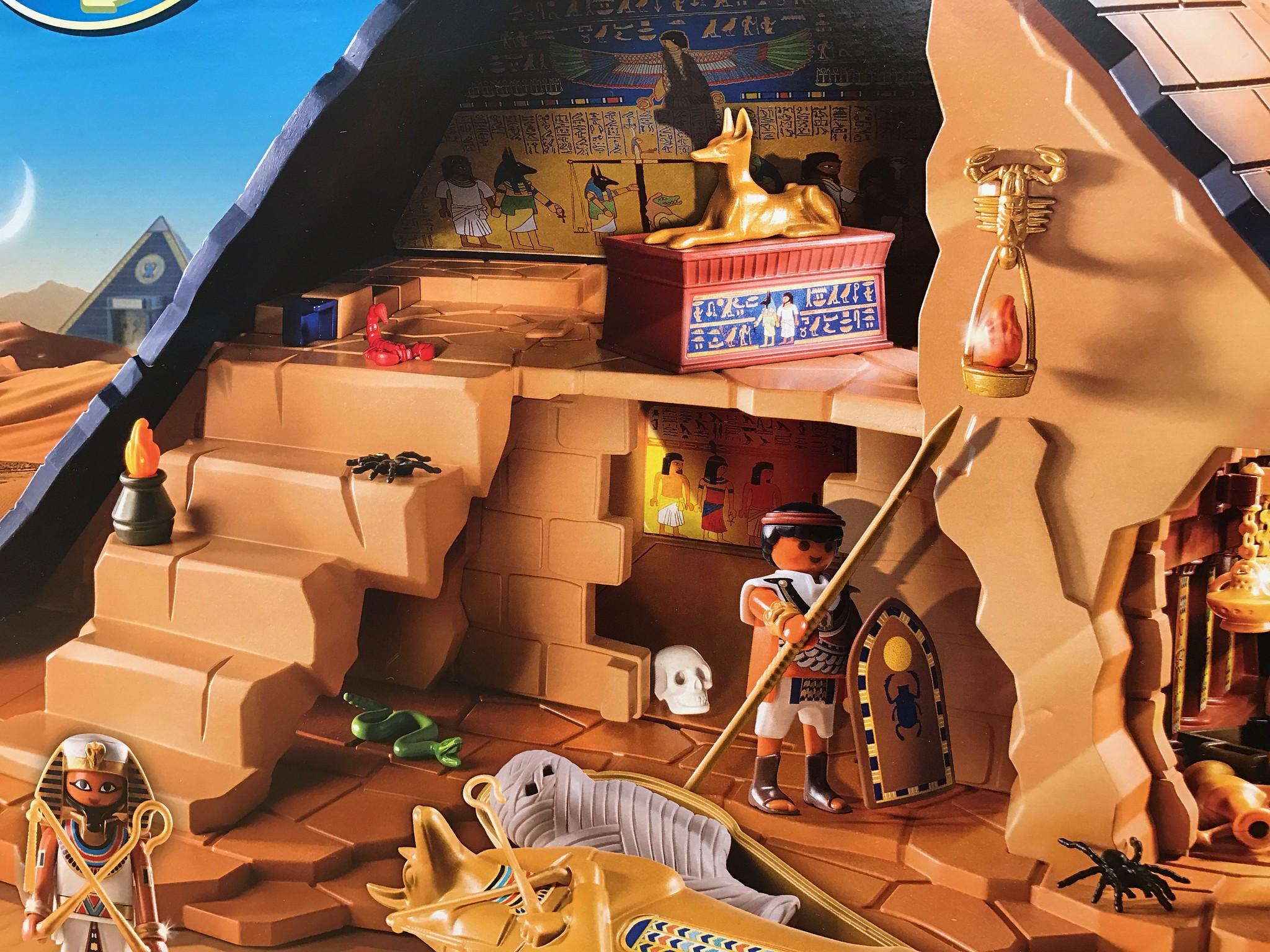 Playmobil Pyramid Detail