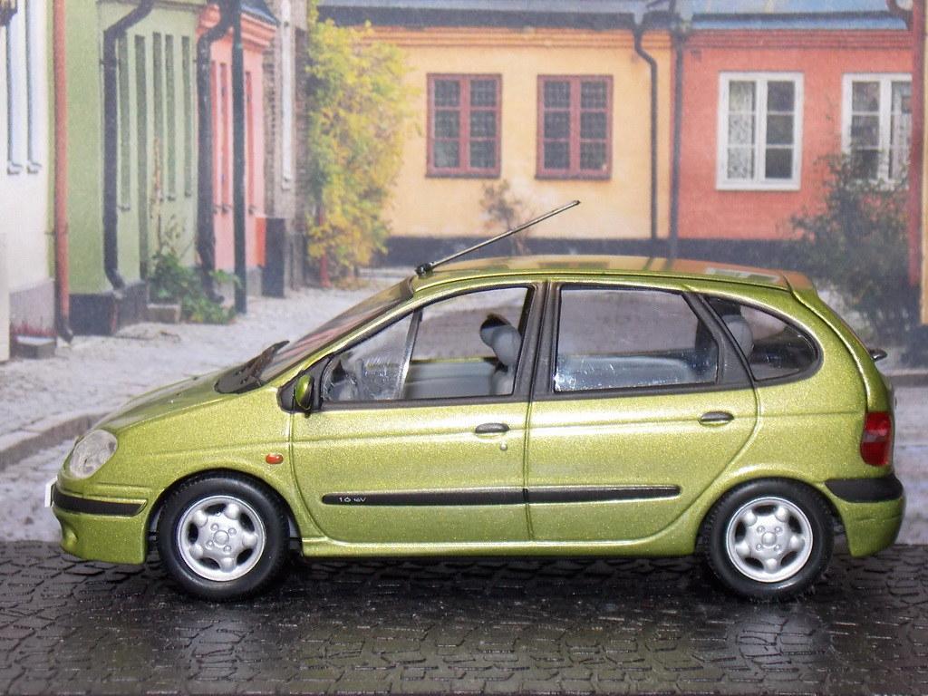 Renault Scenic Phase II – 1999