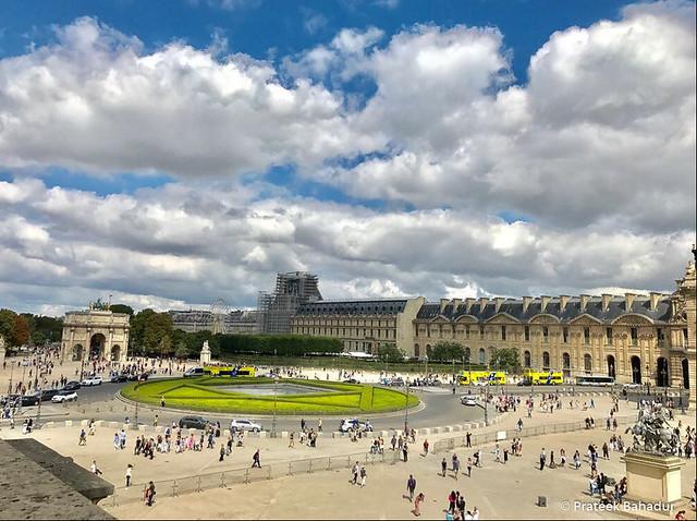 Place du carrousel / Arc de Triomphe du Carrousel / Jardin des Tuileries