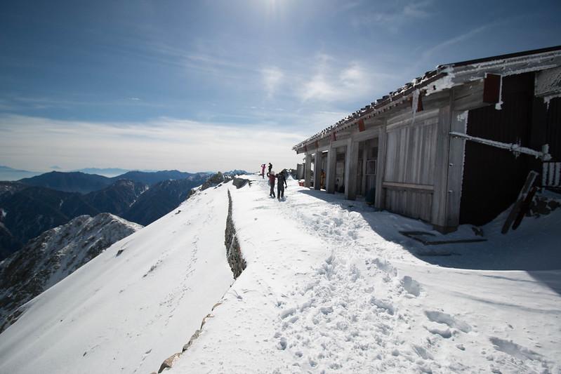 冬の立山 雄山神社