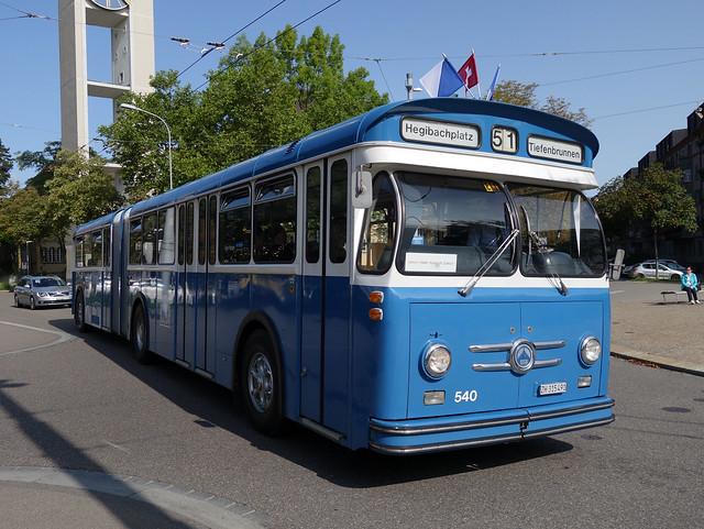 Tram Museum Zürich - Tag der historischen Busse - Saurer Gelenkbus  GUK  (20. August 2017)